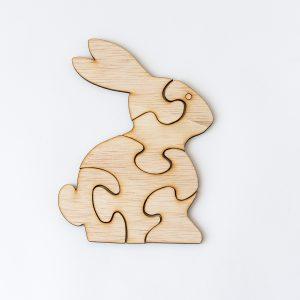 puzzle iepuras din lemn jucarie de lemn